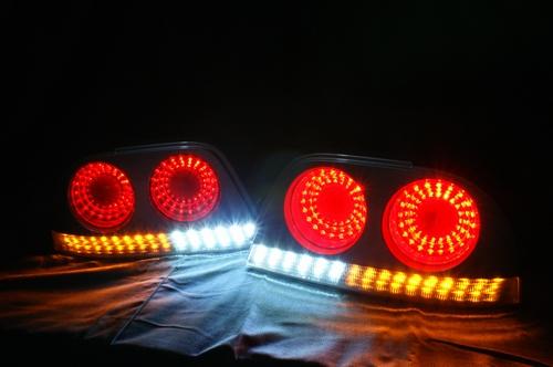 R33スカイライン フルledテールランプ qj c303 Qestjapan